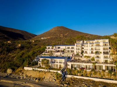 Photo for Tranquil and Relaxing Beachfront Condo with Exceptional Views!