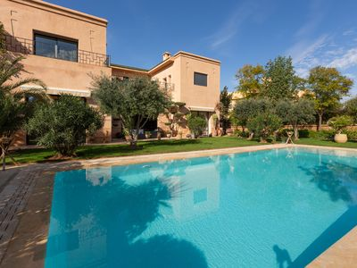 Photo for CHARMING VILLA VERY CLOSE TO THE CITY CENTER 5 MINUTES FROM THE GOLF