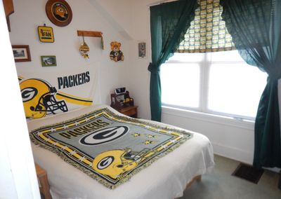 Green Bay Packer bedroom with new double stacked futon!