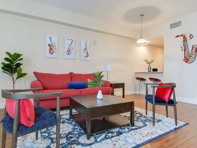 Photo for ★ Downtown/French Quarter Condo 00061!! ★