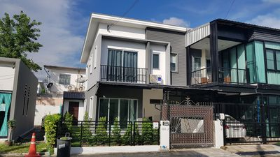 Photo for 3BR Townhome Vacation Rental in Banmai Sub-district, จ.นนทบุรี