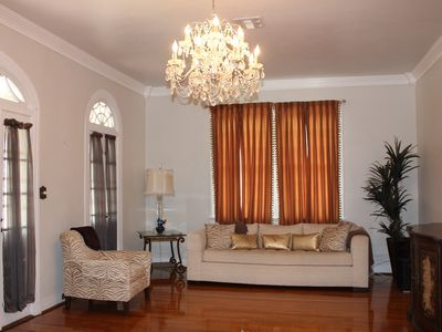 Photo for Holidays in the Big Easy. Close to French Quarter, Superdome, Audubon Zo