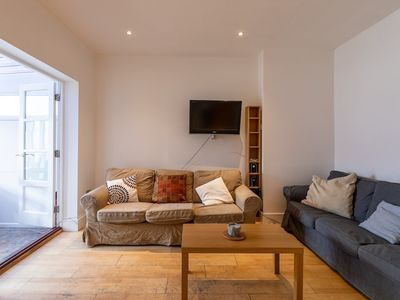 Photo for 5 Bedroom House in South London