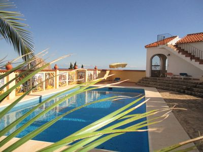 Photo for Apartment no. 2 with great sea views, communal BBQ area, WiFi, pool