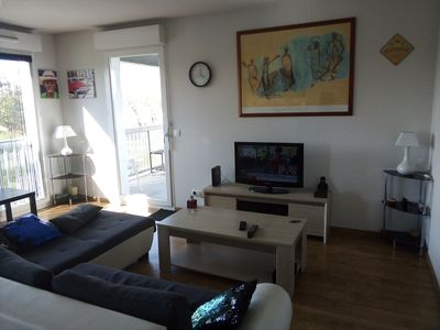 Photo for Superb apartment crossing 92m2 terrace tramway
