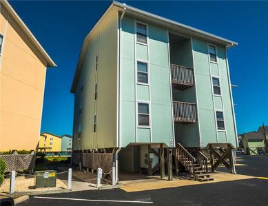 Photo for Surf 338: 2 BR / 1.5 BA condo in Surf City, Sleeps 8