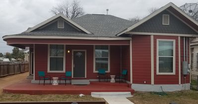 Photo for 4br/3ba Downtown/Military/The Pearl/Convention (412A)