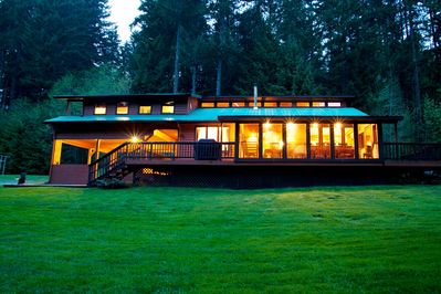 Dancing Bear Lodge sits on 2 acres