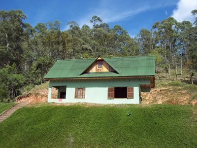 Photo for Beautiful chalet with 2 bedrooms, located in Delfim Moreira-MG, at 1350m altitude