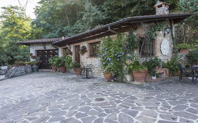 Photo for Casa Lia - Charming cottage in the stunning scenery of the Tuscan countryside