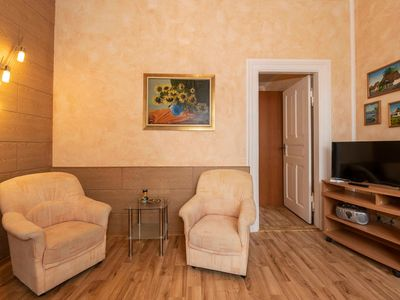 Photo for Apartment 3 Sunflower Villa Wicking Hall Sellin - Villa Wiking Hall in Ostseebad Sellin historic building