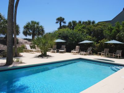 Photo for Palmetto Dunes Oceanfront!   See the ocean from everywhere! Check our reviews