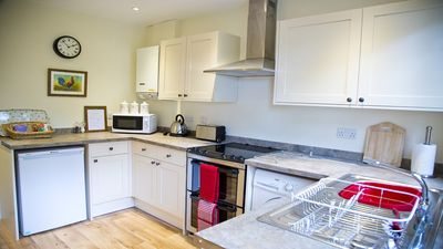 Kitchen - fully fitted & well equipped