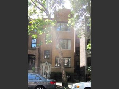 Photo for Spacious 2 BR Apartment in the heart of Wrigleyville