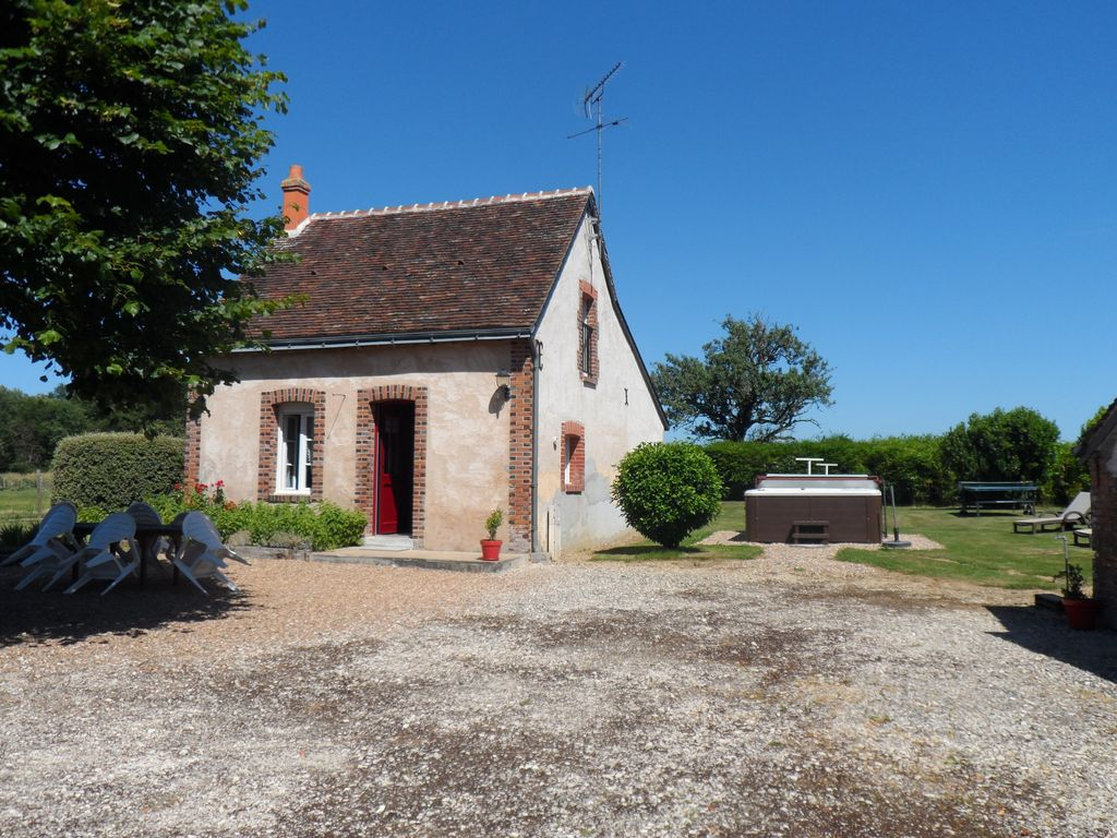 Nice house in small hamlet homeaway le boulay for Tours of nice houses