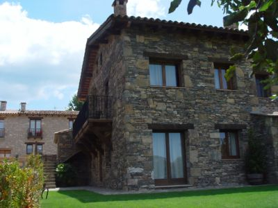 Photo for Rural apartment L'Alzina for 4 people