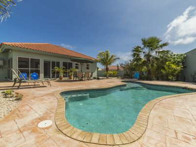 Private 3BR house, quiet cul-de-sac, pool,all the amenities,3 min to beach!