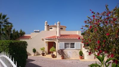 Photo for Lovely villa in Carvoeiro, sea views, beach in walking distance, very quiet