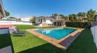 Photo for Noa: Exclusive Villa 500m from the beach