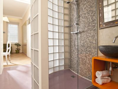 Photo for Marvelous Suite - witty Mediterranean and only 5 minutes from Stephansplatz