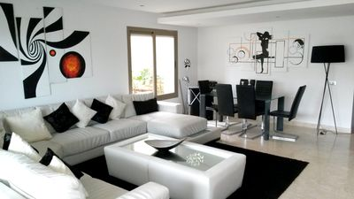 Homerez last minute deal - Spacious apt with shared pool