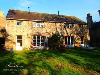 Photo for Autumn stay. Charming, cozy eco-cottage. Bord de Rance.