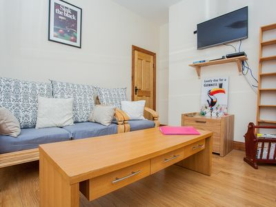 Photo for Central 3 Bedroom Townhouse Near O'Connell Street