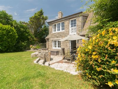 Photo for 4 bedroom House in Worth Matravers - DC128