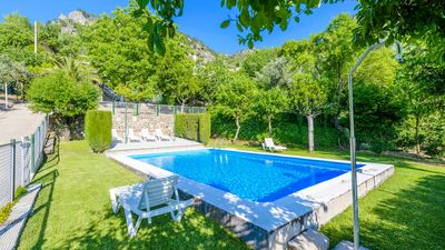 Photo for Pet-friendly holiday villa for 8 people with well-maintained garden