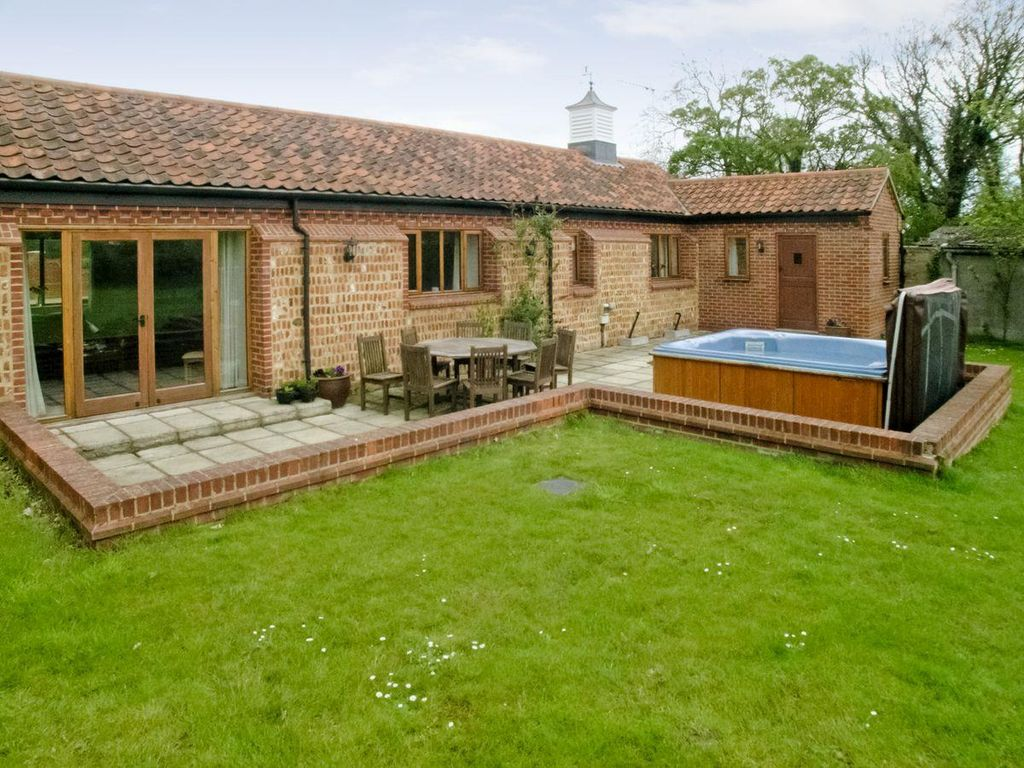 Beech barn czu bedroom property in horning pet