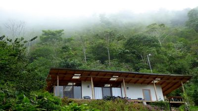 Photo for Cloud Forest mountain retreat in a nature reserve