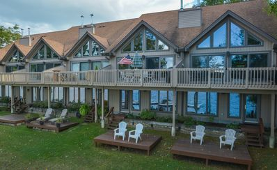 Photo for Townhome with grassy, level lakefront & dock slip close to DCL State Park!