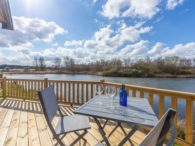 Photo for Avocet 28 is a gorgeous lodge beautifully situated at the water's edge.