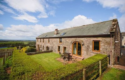 Photo for Low Barn Cottage - Sleeps 4