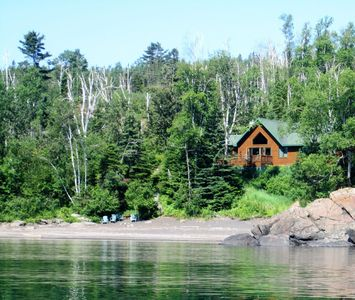 Romantic cabin-Only private black sand beach on Lake Superior (Split rock)