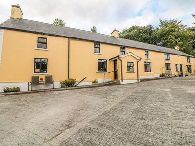 Photo for MOYNE HOUSE, pet friendly in Tinahely, County Wicklow, Ref 992845