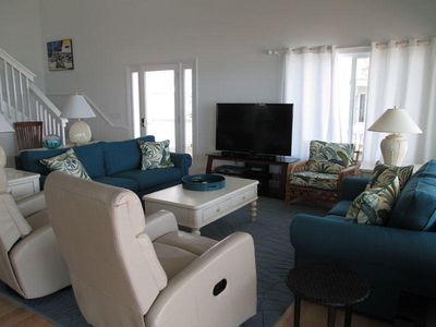 446 Tarpon - LIVING AREA WITH OCEAN VIEW