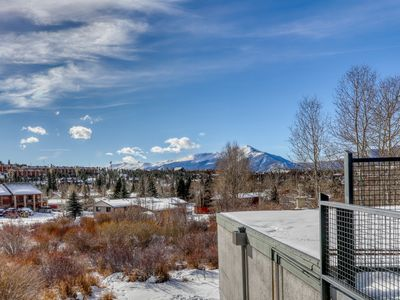 Photo for Valley view condo w/ fireplace, balcony & shared hot tub - close to bus stop!