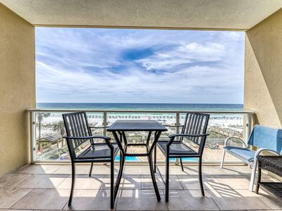 Photo for Pleasant, beachside home w/ a Gulf view plus access to a shared pool & pool spa