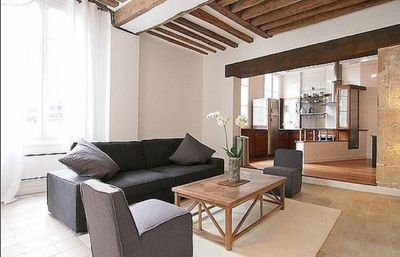 Stunning, Spacious Flat Located In The Heart Of Paris, For 4-6 People