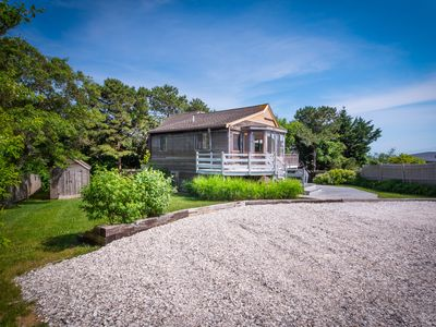Photo for Bay Beach 1/10 mile short walk,  panoramic water views, Indian Neck