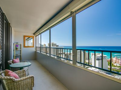 Photo for Gorgeous Ocean View / Full Kitchen / FREE On-site Parking