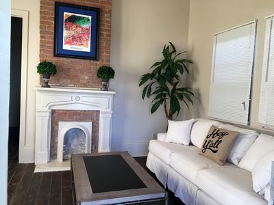 Gorgeous, 2Bedroom- 3.5 blocks to ferry/French Quarter, Casino, central ac/heat