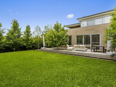 Photo for Classy Contemporary and Chic - 4 Bedrooms - Mount Martha