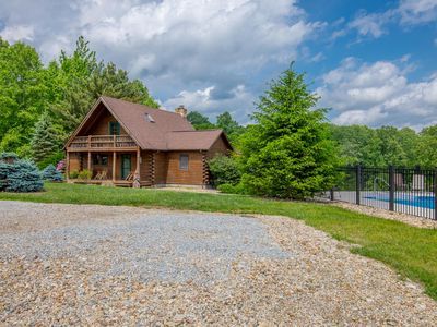 Photo for Lodge and carriage house with 7 combined bedrooms, ponds and private pool! Across from State Forest!