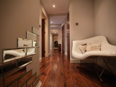 Photo for Lovely Central 2 Bed Garden Flat - Warren Street