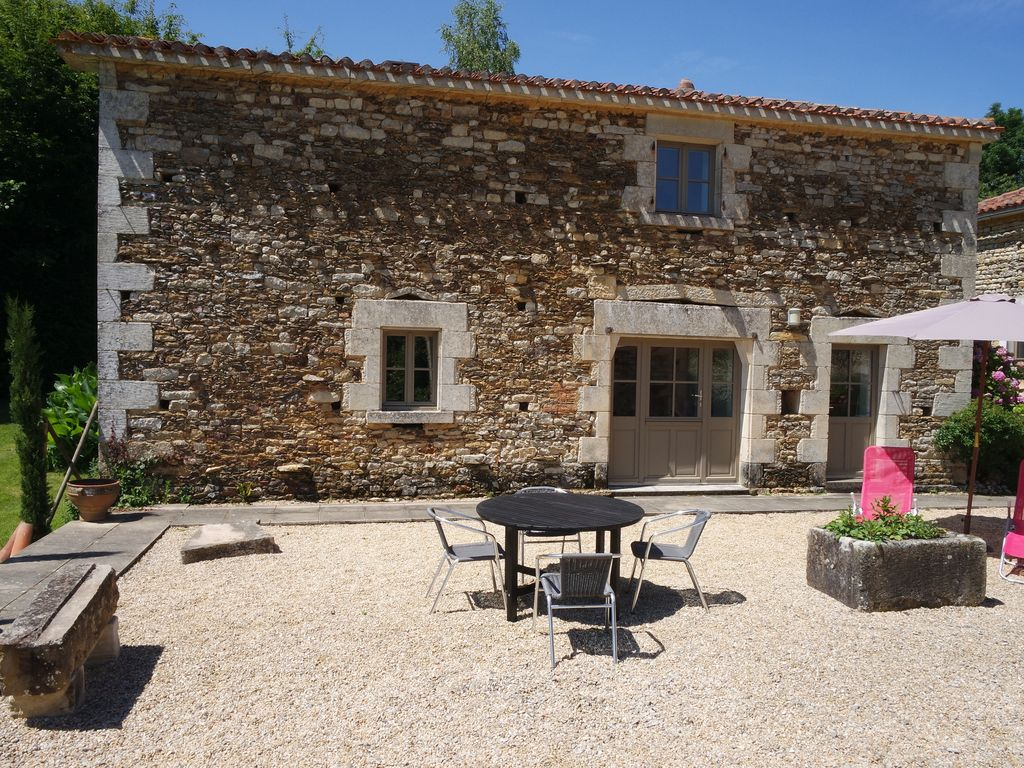 Fabulous Character Gites Pool Tennis Court With Wi Fi Wood