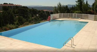 Photo for Aix en Provence - 2 bedroom apartment in a gated residence with pool and tennis