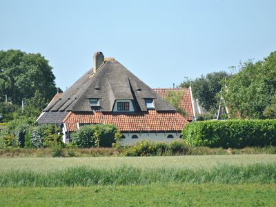 Photo for De Gouden Rijder - 6 Persons Lodge in a luxurious thatched farmhouse