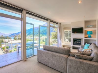 Photo for Diamond Villa. Lake Views, Central Queenstown